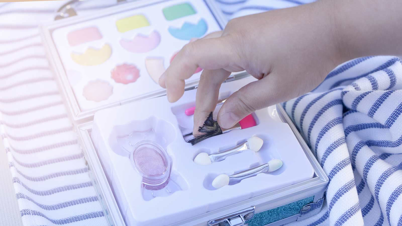 <h4>Asbestos In Kids' Makeup</h4><p>Recently, the PIRG Consumer Watchdog team found asbestos in some of the makeup sold by Claire's, which is marketed to kids and pre-teens. Inhaling or ingesting any form of asbestos can lead to serious health conditions, including lung cancer and mesothelioma.</p><em>sirtravelalot via Shutterstock</em>